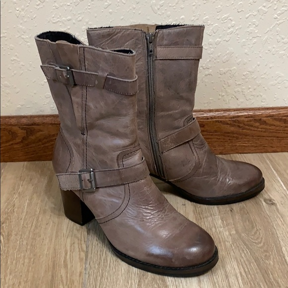 Crown Vintage | brown distressed leather boots